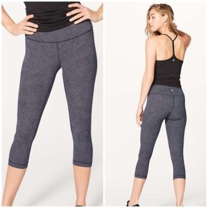Lululemon High Rise Wunder Under Crop 21""